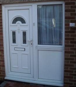 Double Glazing Repairs UPVC Front Door White Handles Letterbox Knocker